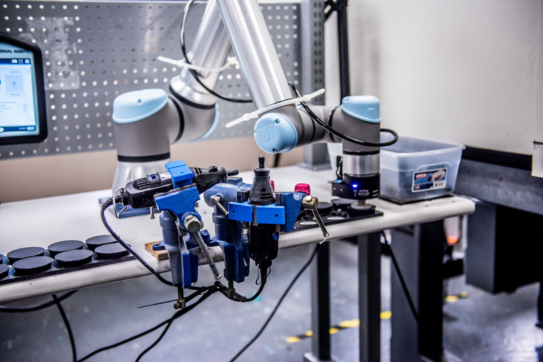 Extreme Molding Robot for efficiency quality and sustainability practices